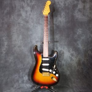 Fender Stratocaster 2016 Japan ST-62 Three Tone Sunburst Texas Special '60's Strat Gold Hardware Guitar