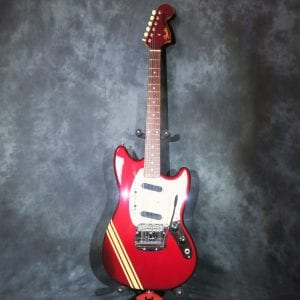 Fender Mustang Candy Apple Red 2002 Made in Japan Guitar + Hardshell Case