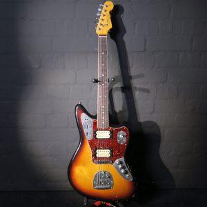 Fender Kurt Cobain Roadworn Jaguar 2011 Sunburst Nirvana Guitar + Hardshell Case + Book