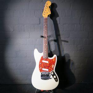 Fender Mustang 1966 Olympic White Vintage Guitarsmith Custom Guitar + Seymour Duncan Antiquities